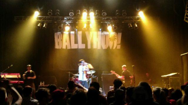 Ballyhoo! (4)