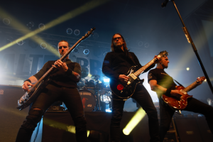"Alter Bridge Perform Songs Off Their Latest Album, ""Walk the Sky"""